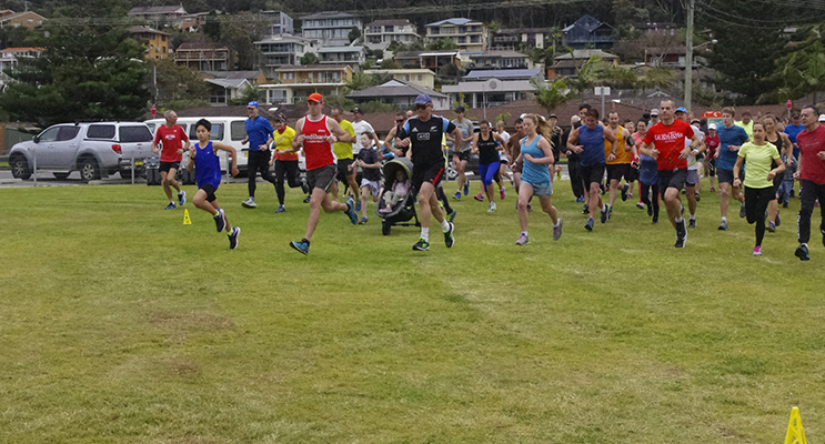 Fingal Bay parkrun takes off.  Photos by Marian Sampson