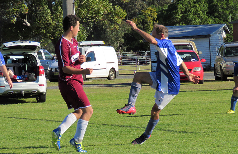 Dave Sibert puts in a strong performance for the Blues.