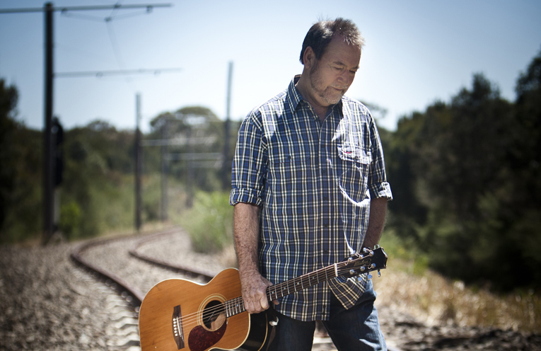 The iconic John Williamson is coming to Nelson Bay Diggers.