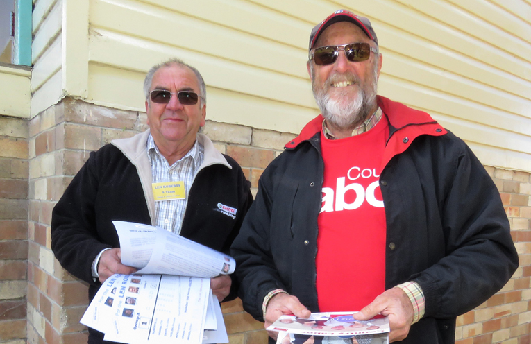 Group A Candidate Arthur Baker with Country Labor volunteer Craig Tate in Bulahdelah.