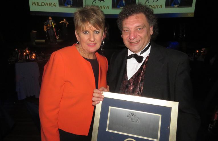 Jane Nicholls from the NSW Business Chamber with Bulahdelah Chamber President John Sahyoun.