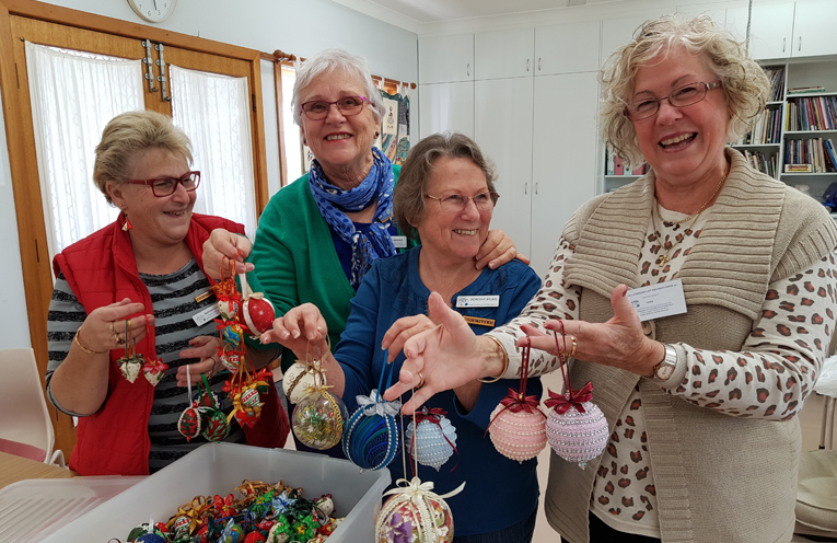 QUILTERS GROUP: Maryanne Durrant, Denise Dewar, Dorothy Ayling and Leona Clissold.