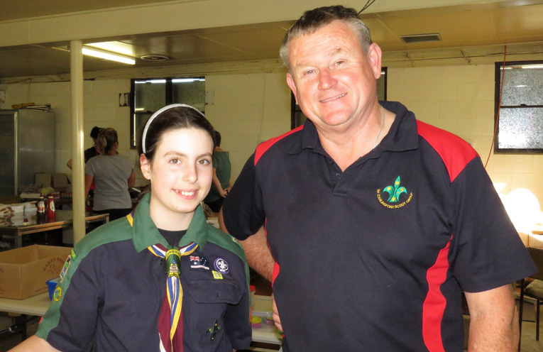 Bulahdelah Scout Elise Miles and Scout Leader David Mort operate the canteen.