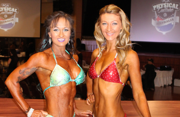 Rebecca Humphries and Heidi Rhodes at the PCA Australian Open. Photo by Melanie Mason, PT Fitness