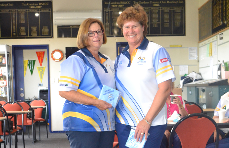 Semi finalists in Champion of Club Champions Kayelene Pearson and Robyn Beaumont.