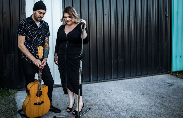 Katie & Feff, a dynamic acoustic duo to rock Tilligerry and Anna Bay this weekend.