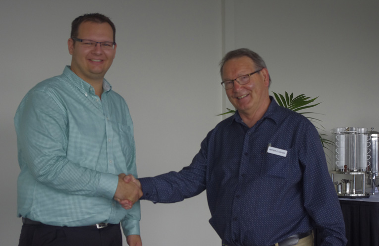 Danny Eather of Destination Port Stephens with Peter Clough of Tomaree Business Chamber. Photo by Marian Sampson