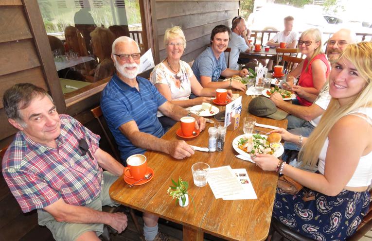 Brush Turkey Cafe: Ian Dobson with Wayne, Kay, Michael, Gwen, Craig and Shanna Desmond.