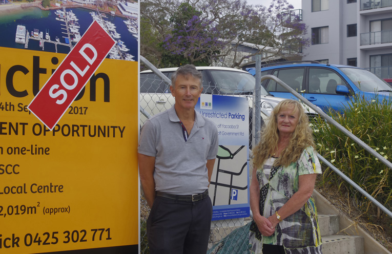 Rory Milne and Ann Evans of the Tomaree Business Chamber calling for a long term plan for parking in the Nelson Bay CBD.