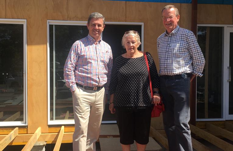 Dr Gillespie, Linda Conroy and Glenn Conroy, President Hawks Nest Bridge Club.