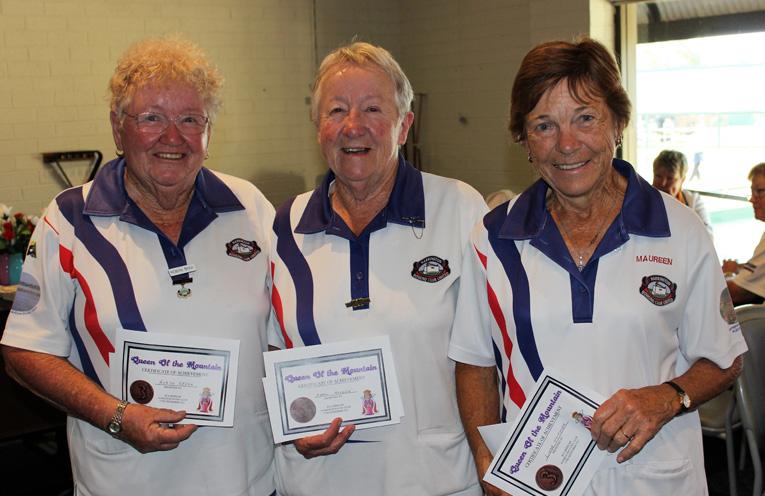 Third Place: Maureen Dart, Robyn Spek and Carol Holden. Photo: Mary-Anne Cashman