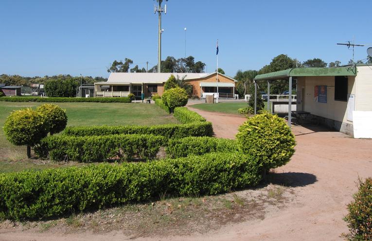 Tanilba Golf Club.