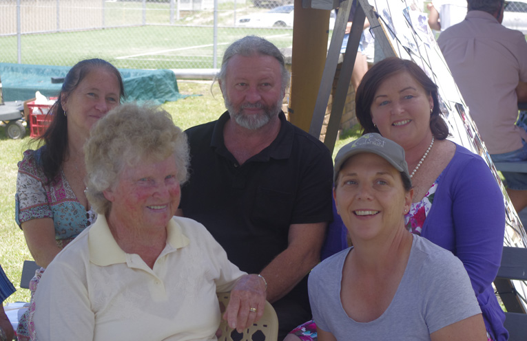 Foundation member and ex Councillor Pam Single with her husband Ray Single, Councillor Sarah Smith and members of the Aquance family. Photo by Marian Sampson