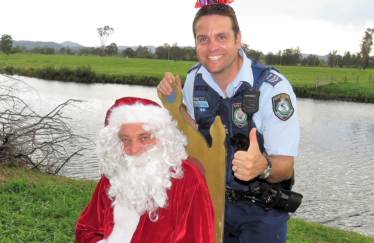 Sn Constable Ash Ray hopes everyone enjoys the festive season sensibly.
