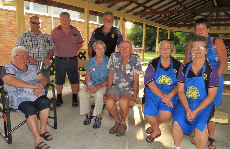 Bulahdelah Lions Club prepared the barbecue.