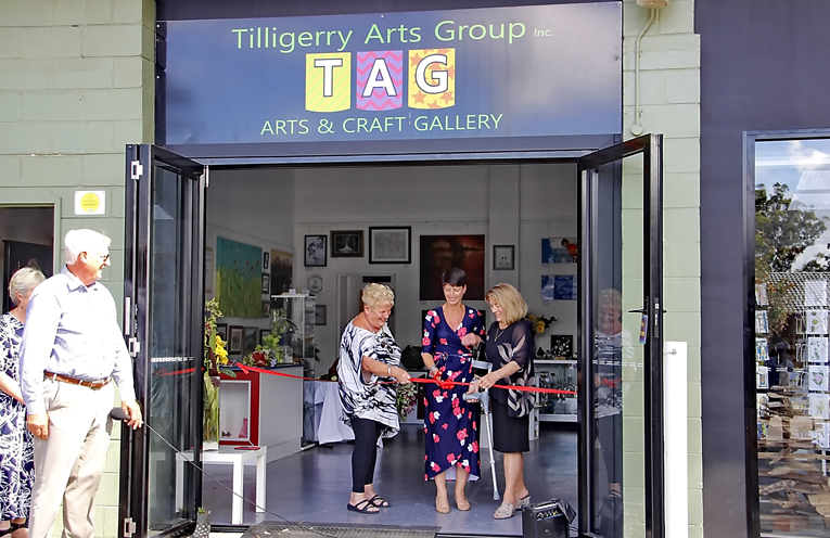 Founding member Jenny Crozier, cutting the ribbon with Kate Washington MP and President of TAG Jeanette Matts.