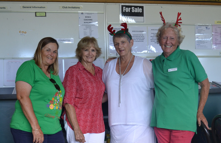 Members of the Social Committee Ingrid Luck, Sheril Johnson, Dianne Kiss and Bette Saillard. Absent Dale Winter.