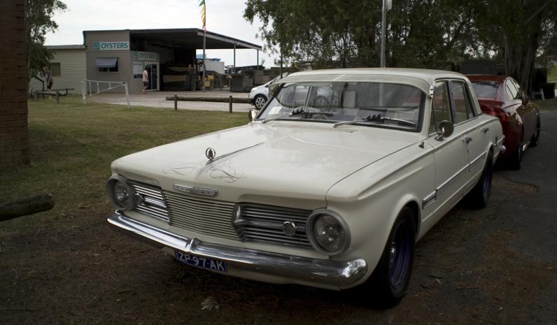 Hunter Valley Chrysler Club visited Longworth Park for Australia Day.
