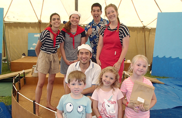 HMAS Tenacious Tanilba Crew with participants Archie Green, Eleanor Green and Amelia Rolfe.