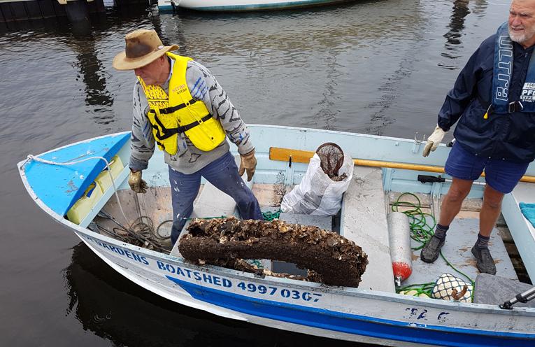 TEA GARDENS: Myall River Clean Up