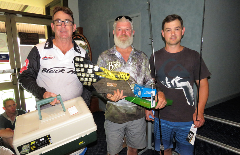 Men's Biggest Bass: Wayne Robertson, winner Grant Bidgood and runner-up Aaron Gilfillan.