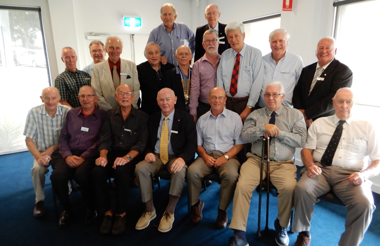 The incoming Tomaree Probus Club Committee.