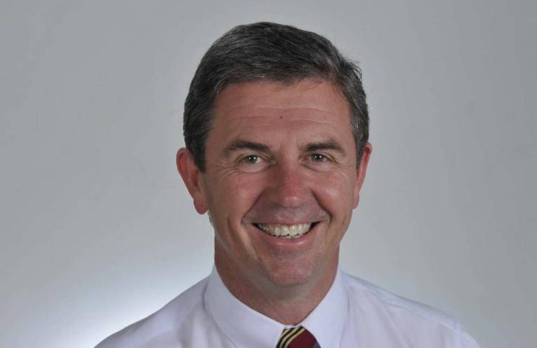 Dr David Gillespie.