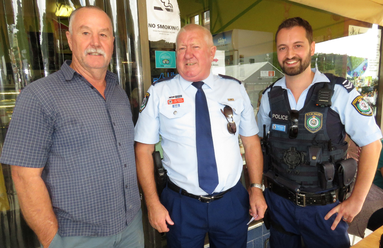 Stephen Smith, Manning Great Lakes Police District Chief Inspector Tony Power and Senior Constable Dave Feeney.
