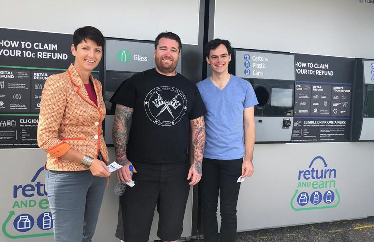 Nicholas McLaren, Kate Washington MP and Cr Giacomo Arnott at the Raymond Terrace Return and Earn machine.