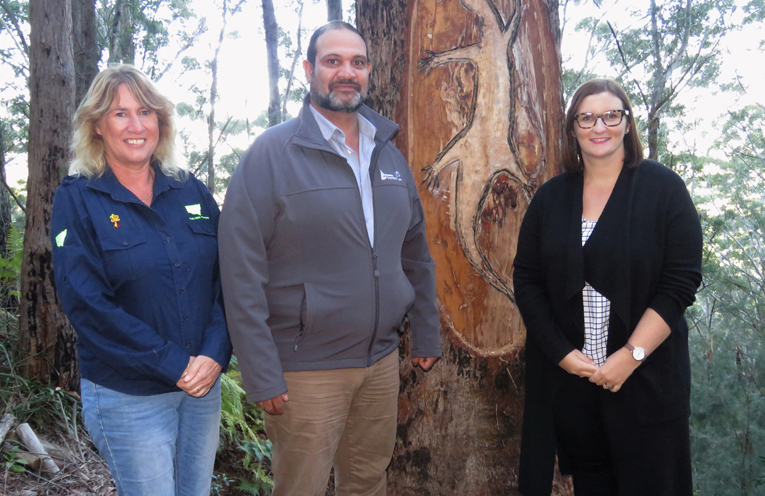 NSW Forestry Corporation Managers Kathy Lyons and John Schipp with Minister for Aboriginal Affairs Sarah Mitchell at Boolah-Dillah.