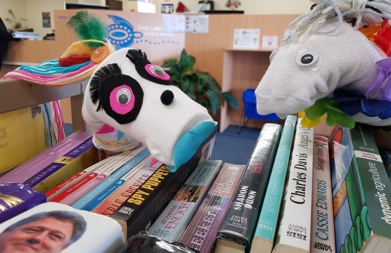 TEA GARDENS LIBRARY: Sock Puppets to make through the School Holidays.
