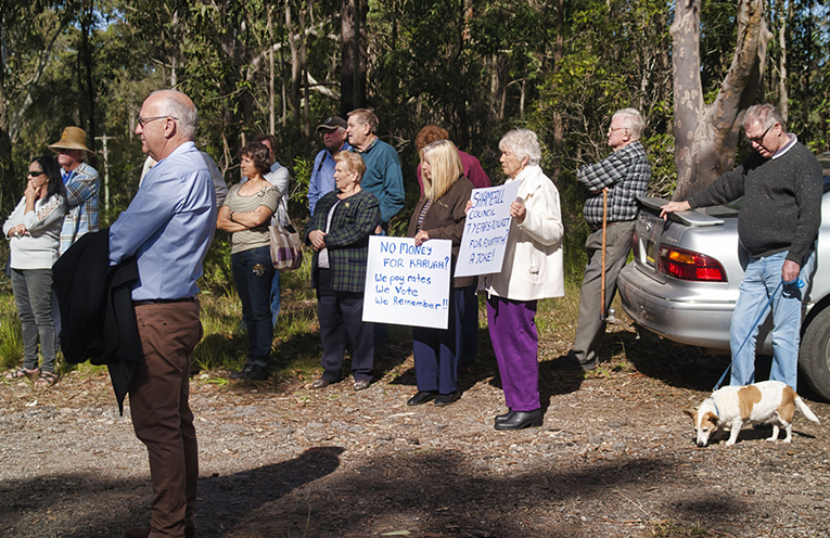 Karuah residents turned out to express opposition to changes to Mustoms Road.
