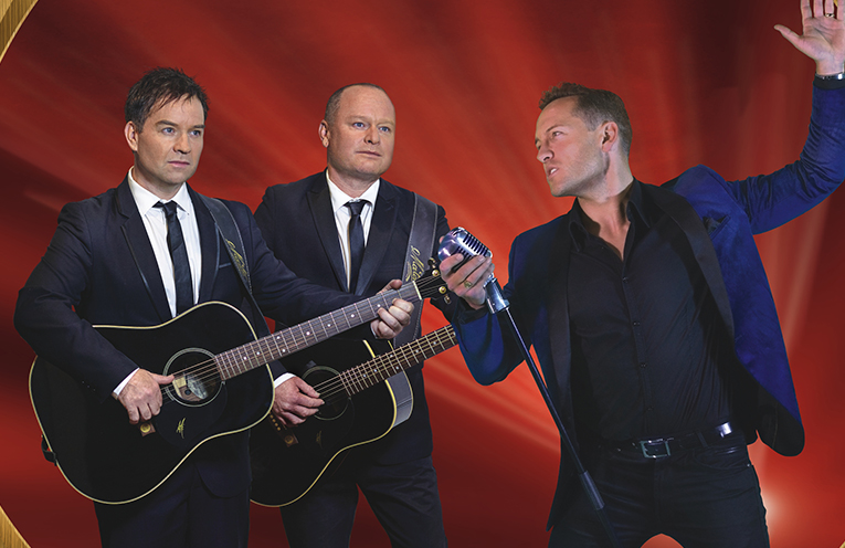 Starring internationally renowned – The Robertson Brothers & Simon Brook McLachlan.