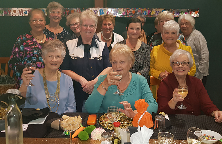 10TH BIRTHDAY CELEBRATIONS: Slimmers Group Celebrates at the Country Club.