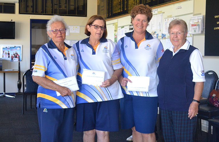 Winner of the Club Championship Triples Maynie Roberts, Kayelene Pearson and Robyn Beaumont with Vice president Pam Gilchrist.