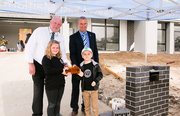 Kane and Naveen Ransom with Group GM Sales and Export at Brickworks David Fitzharris and CEO of McDonald Jones Homes Bill McDonald.