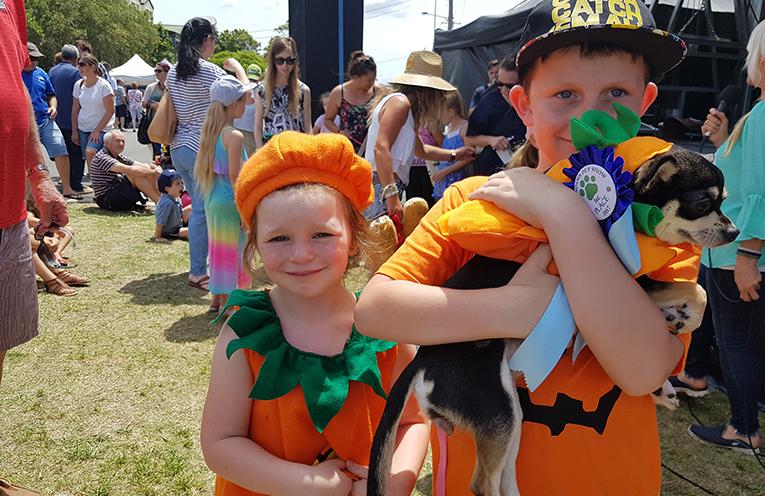 GREENPAWS DOG SHOW: Myall River Festival.