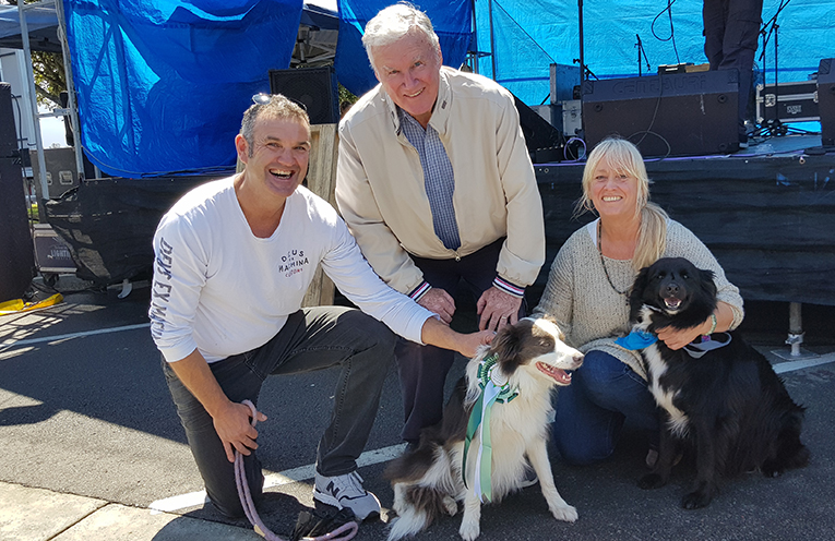 MYALL RIVER FESTIVAL: Dog Show Winner with Judge Peter Sinclair and Sharon (Greenpaws).