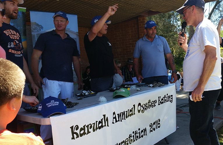 KARUAH'S LONGWORTH PARK: Oyster Eating Competition.