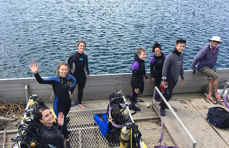 Chelsea Lewis, Parissa Reeve-Parker, Amy Stent, Sarah Haggenruiller, Kaisu Valikangas, Jackie Chan, Steve Armour getting ready to dive for Sea Shelter.