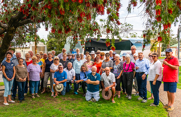 Probians took a taste of country travelling to Mudgee.