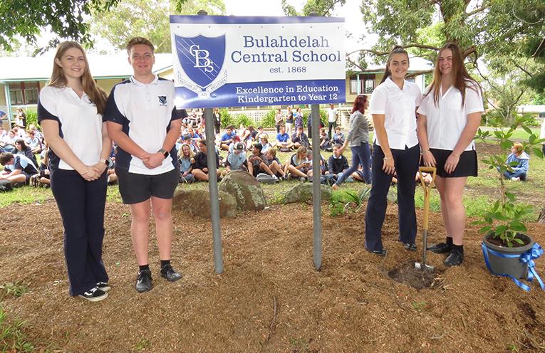 Ashleigh Dorney, Liam Garemyn, Madison Hurtado, Ashleigh Dorney  (School Captains).