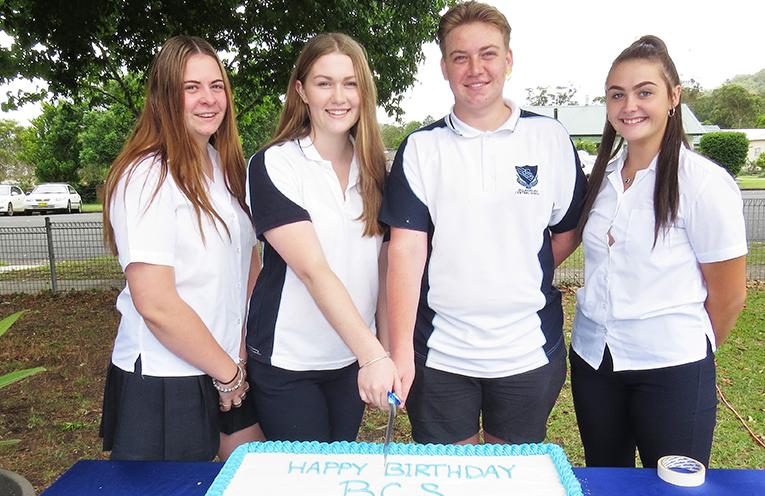 Jordyn Watt, Ashleigh Dorney, Liam Garemyn, Madison Hurtado (School Captains).