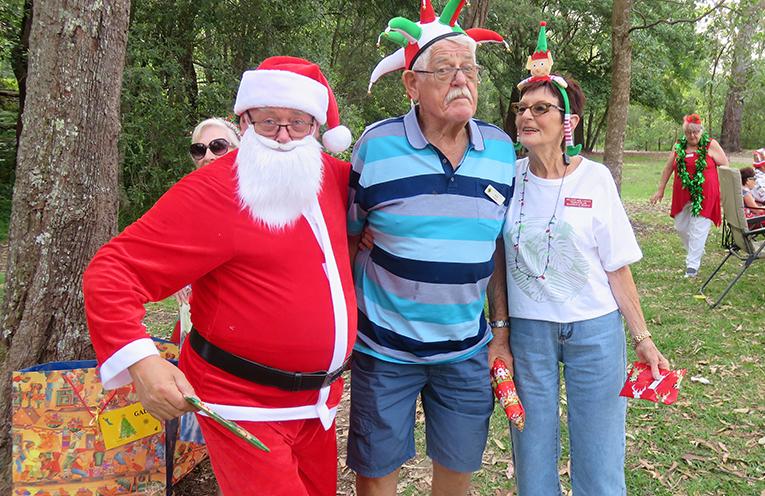 Santa at Bagnalls Beach Reserve with Ken and Barb Robin.