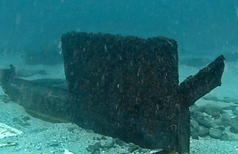 UNDERWATER FIND: Lost container from the YM Effiency.