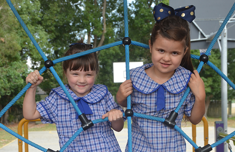 KINDERGARTEN KIDS: Ella Cameron and Emily Selby.