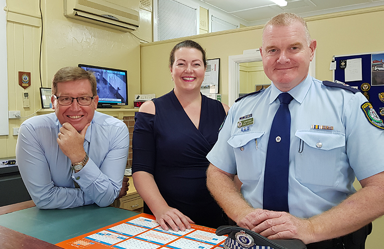 TEA GARDENS VISIT: NSW Police Minister Troy Grant, Liberal Candidate Jaimie Abbott and Port Stephens Superintendent Craig Jackson.