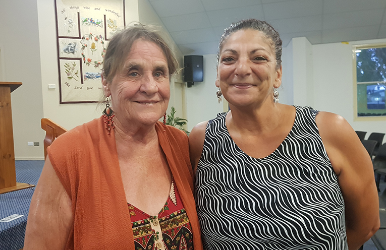 POOL CAMPAIGNERS: Wendy Earnshaw and Jeanette Hart.