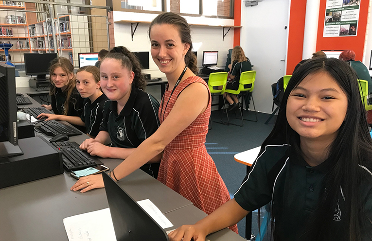 Jade Donnelly, Markita Schaufler, Amelia Walters, Mrs Hayley Firth, and Cream Polruksa learning after school at Snack n Study.