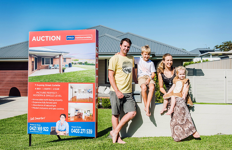 Bay Home Buyers Grant, Jackson Natalie and Emma Grounds.